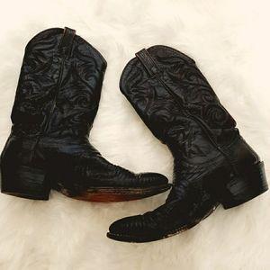 - Dan Post Men's western boots